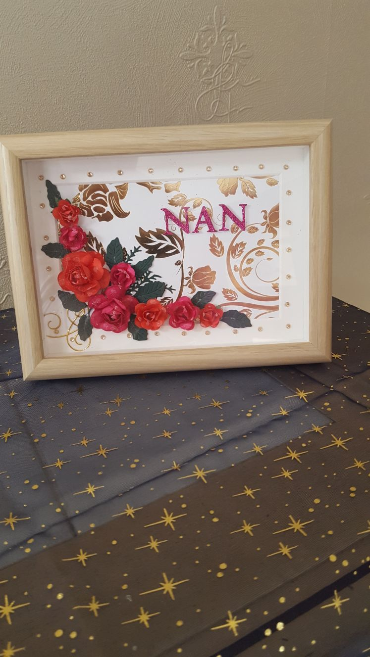 Red roses for Nan
